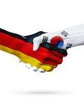 Drapeaux pays d'Allemagne, Corée du Sud, concept de poignée de main d'amitié d'association Image libre de droits