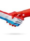 Drapeaux pays de luxembourgeois, Turquie, concept de poignée de main d'amitié d'association Photos libres de droits