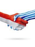 Drapeaux pays de Monaco, Grèce, concept de poignée de main d'amitié d'association Photo libre de droits