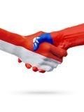 Drapeaux pays de Monaco, Taïwan, concept de poignée de main d'amitié d'association Images libres de droits