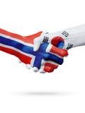 Drapeaux pays de Norvège, Corée du Sud, concept de poignée de main d'amitié d'association Images stock