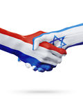 Drapeaux pays de Pays-Bas, Israël, concept de poignée de main d'amitié d'association Images libres de droits