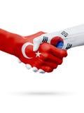 Drapeaux pays de république turque, Corée du Sud, concept de poignée de main d'amitié d'association Photo stock