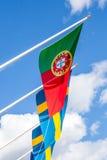 Drapeaux portugais et suédois Photographie stock