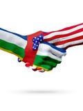 Drapeaux République Centrafricaine, pays des Etats-Unis, poignée de main surimprimée image stock