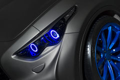Drapieżczy samochodowy reflektor Obrazy Stock