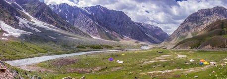 Drassrivier in Ladakah, Jammu en Kashmir, India stock foto