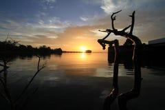 Drastische Sonnenuntergang-Wolken Lizenzfreie Stockfotos