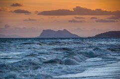 Drastische Sonnenunterganglandschaft Gibraltars Stockfoto