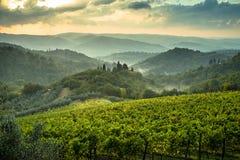 Drastische toskanische Abendlandschaft Lizenzfreie Stockfotos