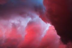 Drastische Wolken Lizenzfreies Stockbild