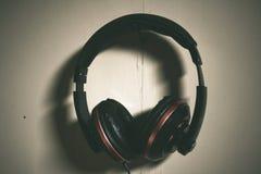 Drastischer Kopfhörer Lizenzfreies Stockfoto
