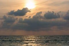 Drastischer Sonnenuntergang Lizenzfreie Stockfotografie