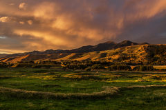 Drastischer Sonnenuntergang Cloudscape, Bozeman Montana USA Stockbild