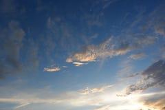 Drastischer Sonnenuntergang im Wüstensüdwesten lizenzfreies stockbild