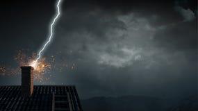 Drastischer Wetterhintergrund Gemischte Medien Stockfoto