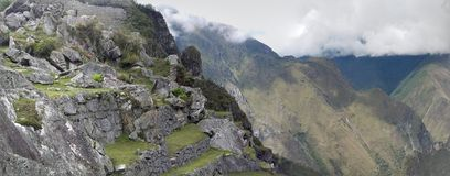 Drastisches Machu Picchu in den Wolken stockbilder