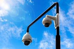 Draußen Überwachungskameras Stockbild