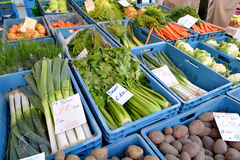 Draußen Markt in Löwen, Belgien Lizenzfreies Stockfoto