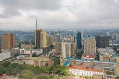 Draufsicht über zentrales Geschäftsgebiet von Nairobi von Kenyatta International Conference Centre-Hubschrauber-Landeplatz Lizenzfreies Stockfoto