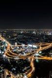 Draufsicht Bangkok-Schnellstraße und -landstraße Lizenzfreie Stockfotografie