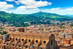 Draufsicht Bologna-Italiens zur Basilika Stockfotografie