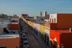 Draufsicht der bunten Stadt San Francisco de Campeche Schöne Kolonialarchitektur in der historischen Mitte von Campeche, Mexic lizenzfreie stockfotos