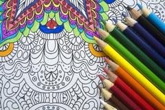 Draufsicht der Farben-Bleistifte Stockfotografie