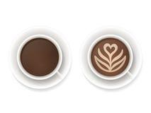 Draufsicht der Kaffeetassen Stockbild