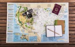 Draufsicht der Reisekarte Lizenzfreie Stockfotografie