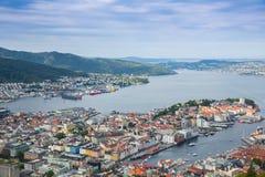 Draufsicht der Stadt von Bergen Stockbilder