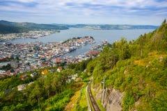 Draufsicht der Stadt von Bergen Stockfotos