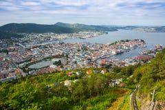 Draufsicht der Stadt von Bergen Stockfotografie