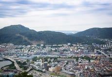 Draufsicht der Stadt von Bergen Lizenzfreie Stockfotos