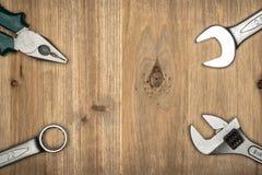 Draufsicht der unterschiedlichen Art der konstruktiven Werkzeuge mit Kopienraum Stockfotografie