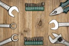 Draufsicht der unterschiedlichen Art der konstruktiven Werkzeuge mit Kopienraum Lizenzfreies Stockbild