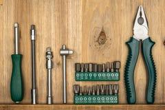 Draufsicht der unterschiedlichen Art der konstruktiven Werkzeuge mit Kopienraum Stockbild