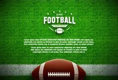 Draufsicht des amerikanischen Fußballs über grünes Feld Stockfotos