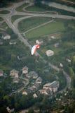 Draufsicht des Gleitschirmfliegen Stockbild