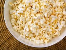 Draufsicht des Popcorns Lizenzfreies Stockfoto