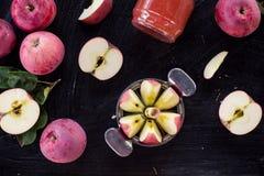Draufsicht des roten Apfelmarmeladenbestandteiles Lizenzfreie Stockbilder