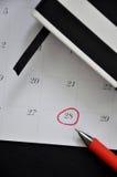 Draufsicht des roten Kreises markiert auf Datum 28 lizenzfreie stockfotografie
