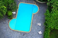 Draufsicht des Swimmingpools Stockfotos