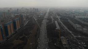 Draufsicht einer Hauptstra?e in der Stadt Moskau, MKAD Vogelperspektive 4K stock video footage