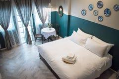 Draufsicht eines Hotelschlafzimmers in Thailand stockbilder