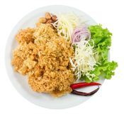 Draufsicht-knusperiger Wels-Salat mit Gemüse Stockfotografie
