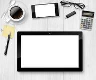 Draufsicht von Arbeitsplatzelementen auf weißer Tabelle Stockbilder