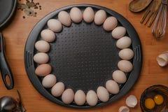 Draufsicht von Eiern in der Schüsselgruppe, gesund, Bestandteil, Leben, Makro, Mahlzeit, Natur, neu, nahrhaft, Gegenstand, alt, o Stockbilder