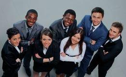 Draufsicht von Geschäftsleuten mit ihren Händen zusammen Lizenzfreie Stockfotos