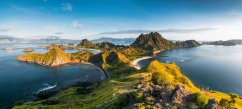 Draufsicht von Padar-Insel an einem Morgen von Komodo-Insel lizenzfreies stockfoto
